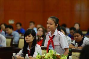 'Không giảng bài trong lớp', 'dùng lời nói thô tục': Hãy nhìn lại cách dạy học!