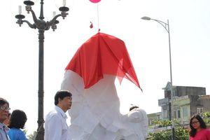Đà Nẵng: Đặt tượng nghệ thuật tạo điểm nhấn cho du lịch biển
