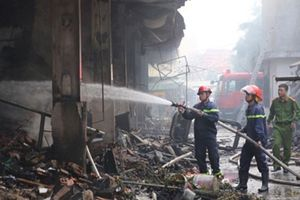 Điều tra nguyên nhân vụ cháy chợ Quang