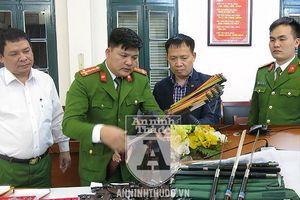 Cảnh sát hình sự Hà Nội triệt phá kho vũ khí nóng và công cụ hỗ trợ