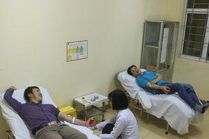 Vượt 200 km hiến máu hiếm cứu người