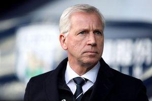 Huấn luyện viên Premier League thứ 10 mất việc mùa này
