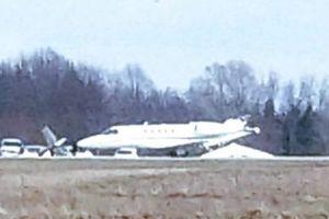 Mỹ: Máy bay va chạm trên đường băng, 2 người thiệt mạng