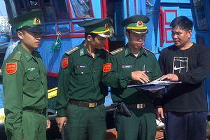Ngư dân Việt Nam bị tàu nước ngoài uy hiếp trên biển