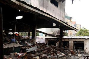 Điều lạ kỳ sau vụ cháy chợ Quang