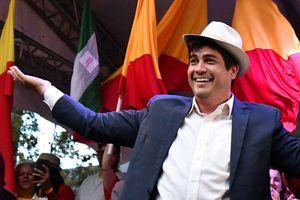 Tổng thống trẻ tuổi nhất Costa Rica từng bỏ nghề báo