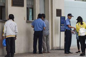 Nhân viên người Việt tại ĐSQ Nhật bị tố gây khó dễ người xin visa