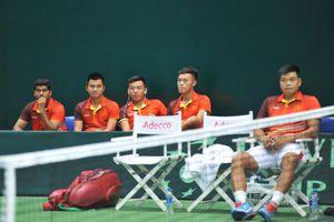 Quần vợt Việt Nam thắng tưng bừng ở Davis Cup