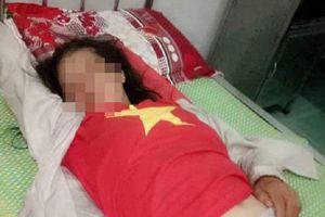 Người phụ nữ tâm thần bị dân vây đánh vì nghi bắt cóc trẻ em