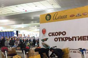 'Shipper hàng không', nghề cực nhọc của người Việt ở Nga