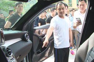 Quảng Ninh: Bắt đối tượng người nước ngoài phá cửa ô tô trộm cắp hơn 3 tỷ đồng