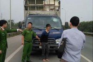 Thanh Hóa: Va chạm giao thông, cầm súng giải quyết mâu thuẫn