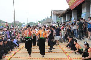 Hoạt động kỷ niệm 10 năm thực hiện 'Ngày Văn hóa các dân tộc Việt Nam'