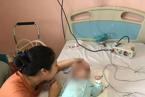 Bé 9 tháng tuổi bị sốc phản vệ: Ngày giao con cho y sĩ làng cũng là ngày giao con cho 'tử thần'