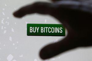 Hơn 100 triệu USD tiền ảo giao dịch mỗi ngày ở thị trường phi tập trung