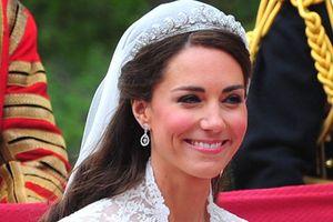 11 quy tắc thời trang ngầm trong gia đình Hoàng gia Anh