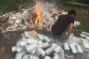 Vụ tiêu hủy hơn 10.000 hộp sữa từ thiện ở Lào Cai: Sự quan liêu đáng trách