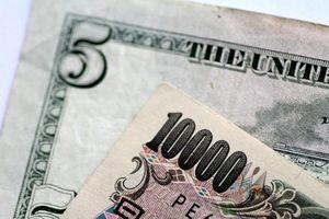 Đồng USD tiếp tục giảm do số lượng việc làm Mỹ tăng thấp