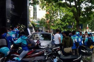 Bùi ngùi thời khắc Uber chính thức rời Việt Nam