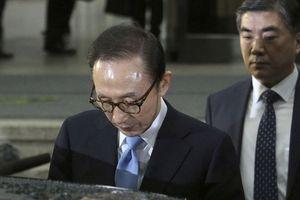Cựu tổng thống Hàn Quốc Lee Myung Bak bị truy tố với tội danh tham nhũng