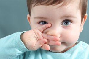Tuyệt chiêu trị sổ mũi cho trẻ sơ sinh mẹ nào cũng nên biết