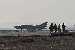 Căn cứ không quân Homs trúng tên lửa: Thổi lửa sóng gió Mỹ - Syria?