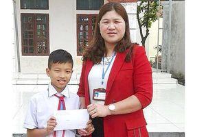 Một học sinh lớp 5 nhặt được hơn 24 triệu đồng tìm người trả lại