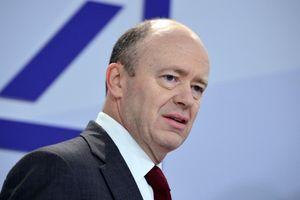 Lỗ đậm suốt nhiều năm, ngân hàng lớn nhất của Đức sa thải CEO