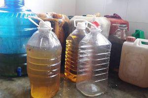 Sở KH&CN Hà Tĩnh thông tin về kết quả kiểm tra bước đầu giếng nước nghi nhiễm dầu