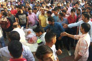 27 trẻ Ấn Độ bỏ mạng sau tai nạn xe buýt thảm khốc