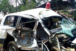 Phó Thủ tướng chỉ đạo điều tra vụ xe cứu thương gặp nạn 3 người chết