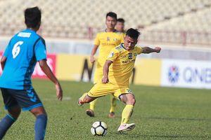Hồ Tuấn Tài tỏa sáng, SLNA lần thứ hai đánh bại Tampines Rovers