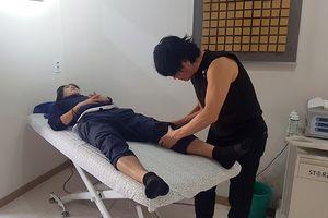 Tuấn Anh phẫu thuật thành công, bầu Đức cảm ơn bác sĩ Hàn Quốc