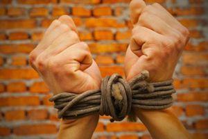 Nữ sinh giả vờ bị bắt cóc để tống tiền 1,8 tỷ đồng từ bố mẹ