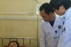 Đối tượng đánh bác sĩ tại bệnh viện xin được cảm thông