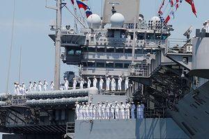 Cận cảnh sức mạnh tàu sân bay Mỹ đang trên đường tới Syria