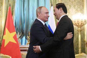 Việt Nam không dễ 'giã từ vũ khí' Nga dù Mỹ xích lại gần