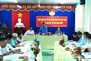 Phó Chủ tịch - Tổng Thư ký Hầu A Lềnh làm việc với Mặt trận tỉnh Bình Phước
