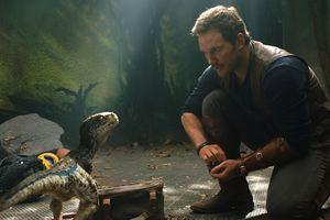 Khủng long nổi loạn trong phần mới 'Jurassic World'