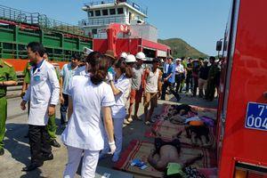 Nóng: Ngạt khí dưới hầm tàu, 3 thủy thủ tử vong