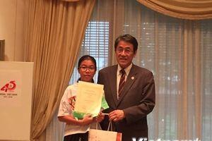 Đại sứ Nhật Bản trao giải sáng tác thơ Haiku cho học sinh Việt Nam