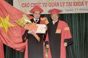 Phong tặng danh hiệu Giáo sư Danh dự cho Tiến sĩ, bác sĩ Lê Trọng Phi