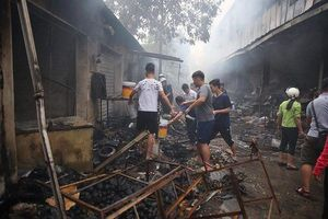 Tuyên Quang: Xử lý thanh niên đốt chợ để bạn gái 'câu like' trên facebook