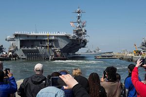 Tàu sân bay USS Harry S. Truman lên đường giữa lúc căng thẳng Syria