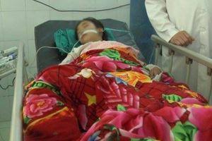 4 học sinh Hà Giang nhập viện sau khi thách đố nhau uống thuốc trừ sâu