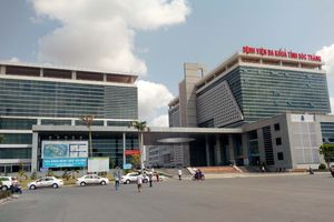 Gia đình người bị rắn cắn tử vong tố bác sĩ tắc trách: Bộ Y tế yêu cầu làm rõ