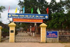 Thầy giáo tát học sinh ở Nghệ An bị kỷ luật khiển trách