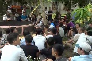 80 cảnh sát đột kích sới đá gà 'khủng', bắt 52 đối tượng