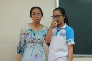 Cô giáo 'im lặng' bị kỷ luật cảnh cáo, không được tiếp tục giảng dạy