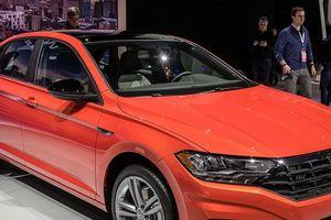 Volkswagen Jetta 2019 chốt giá cạnh tranh Toyota Altis, Mazda3